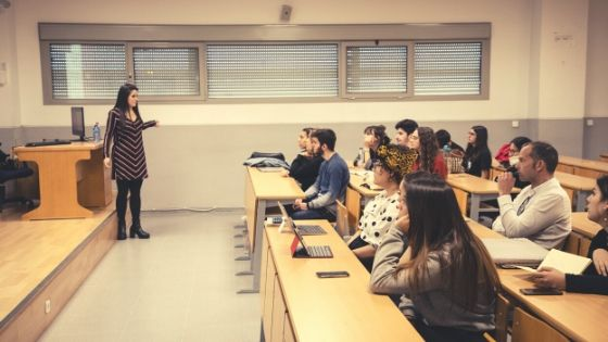 Ponencia en Paper Awards, de la Universidad de Sevilla